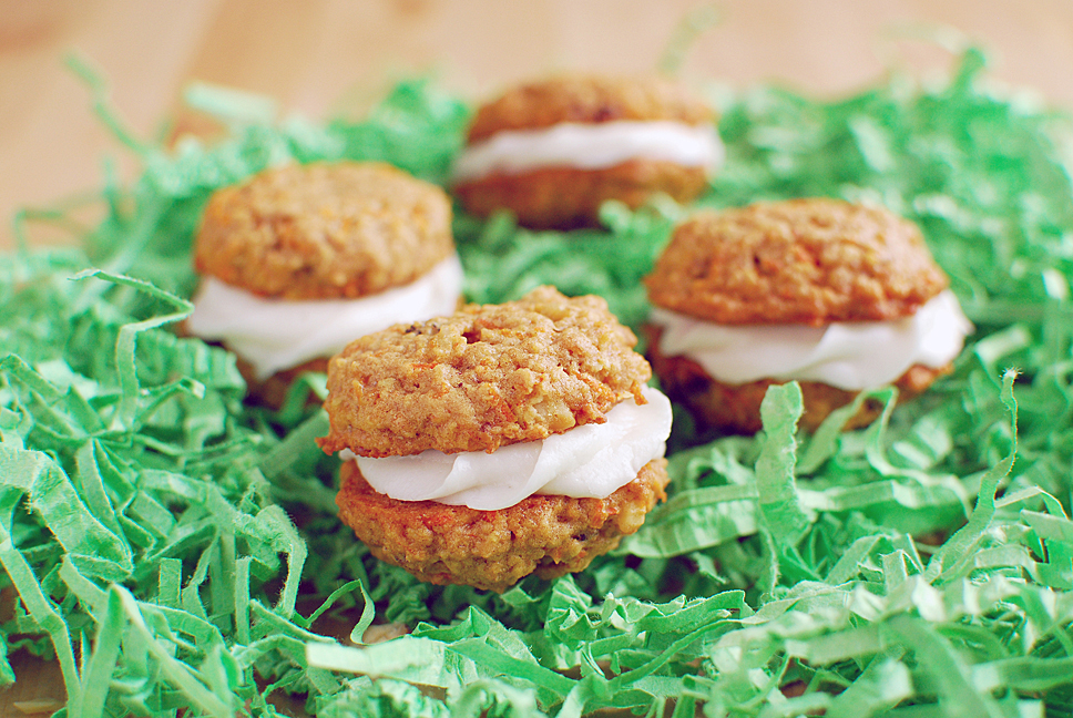 Vegan Carrot Cake Sandwich Cookies